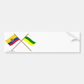 Banderas cruzadas de Ecuador y de Zamora-Chinchipe Pegatina Para Auto