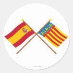 Banderas cruzadas de España y de Valencia Etiquetas Redondas