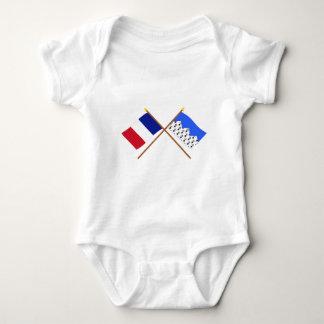 Banderas cruzadas de Francia y de Côtes-d'Armor T Shirt
