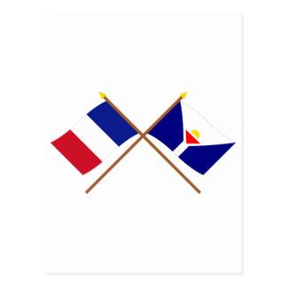 Banderas cruzadas de Francia y de San Martín Tarjeta Postal