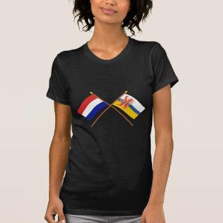 Banderas cruzadas de Holanda y de Limburgo Camisetas