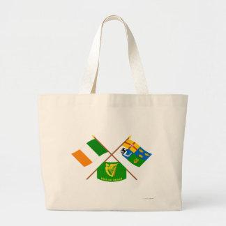 Banderas cruzadas de Irlanda y de la Cuatro-Provin Bolsa