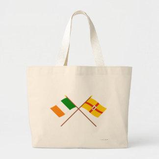 Banderas cruzadas de la provincia de Irlanda y de  Bolsas Lienzo
