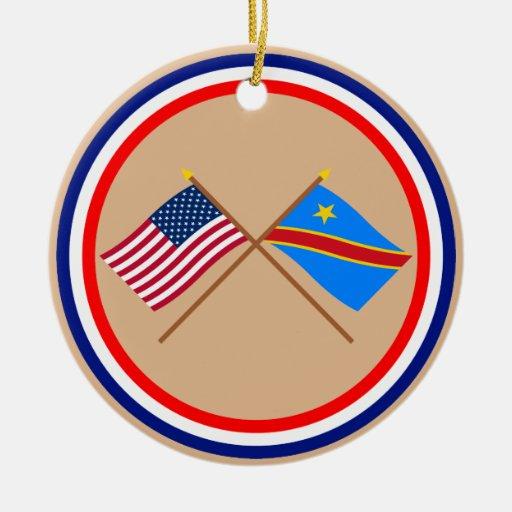 Banderas cruzadas de la república Democratic de lo Adorno De Navidad