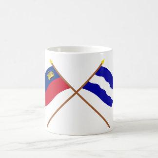 Banderas cruzadas de Liechtenstein y de Eschen Taza Clásica