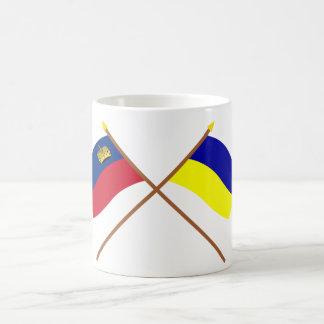 Banderas cruzadas de Liechtenstein y de Taza Clásica