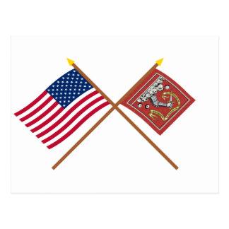 Banderas cruzadas de los E E U U y de Bedford Postales