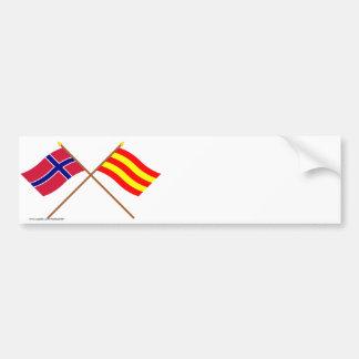 Banderas cruzadas de Noruega y de Aust-Agder Pegatina De Parachoque