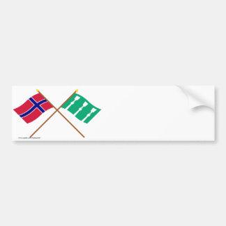 Banderas cruzadas de Noruega y de Hedmark Etiqueta De Parachoque