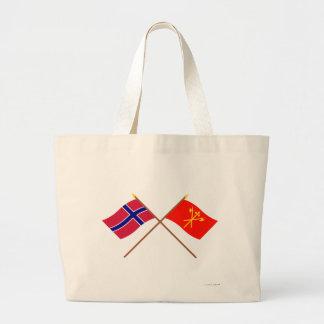 Banderas cruzadas de Noruega y de Sør-Trøndelag Bolsas