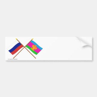 Banderas cruzadas de Rusia y de Krasnodar Krai Pegatina Para Auto