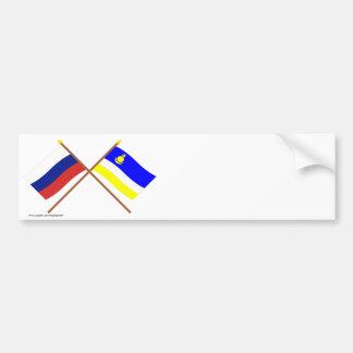 Banderas cruzadas de Rusia y de la república de Pegatina Para Auto