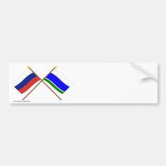Banderas cruzadas de Rusia y de Sverdlovsk Oblast Pegatina Para Auto