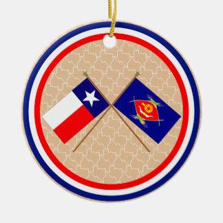 Banderas cruzadas de Tejas y del condado de Ornamento De Reyes Magos