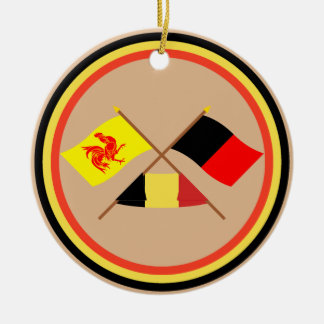 Banderas cruzadas de valón y de Namur con Bélgica Adorno Navideño Redondo De Cerámica