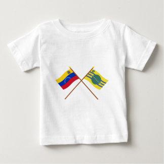 Banderas cruzadas de Venezuela y de Bolívar Playeras