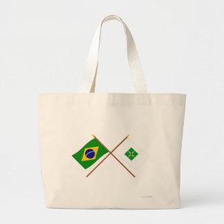 Banderas cruzadas del Brasil y de Distrito federal Bolsas