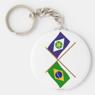 Banderas cruzadas del Brasil y de Mato Grosso Llavero Personalizado