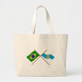 Banderas cruzadas del Brasil y de Río de Janeiro Bolsas