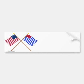 Banderas cruzadas del sedero de Betsy Ross y del p Pegatina Para Auto