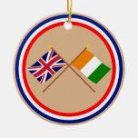 Banderas cruzadas d'Ivoire de Reino Unido y de Cot Ornaments Para Arbol De Navidad