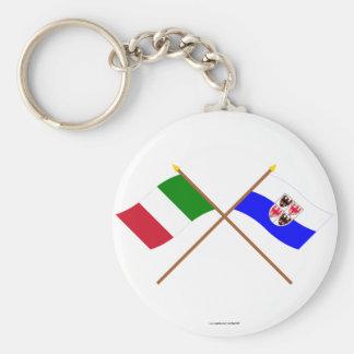 Banderas cruzadas el Adigio de Italia y del Trenti Llavero Redondo Tipo Pin
