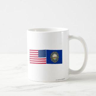 Banderas de Estados Unidos y de New Hampshire Taza De Café