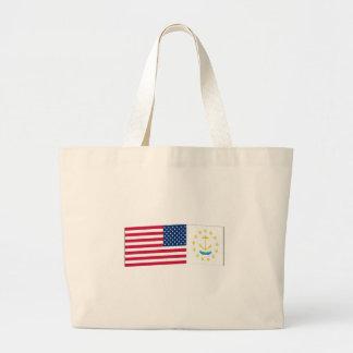 Banderas de Estados Unidos y de Rhode Island Bolsas