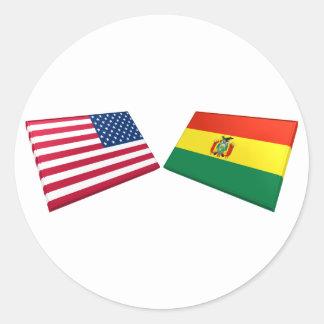 Banderas de los E.E.U.U. y de Bolivia Pegatina Redonda