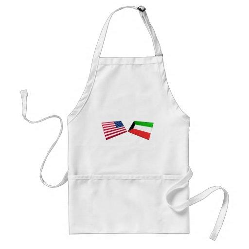Banderas de los E.E.U.U. y de Kuwait Delantales