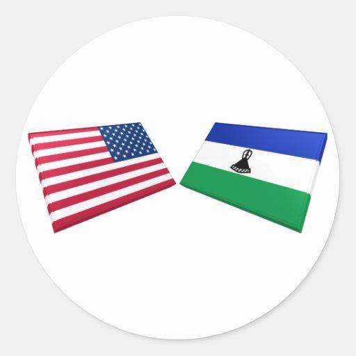 Banderas de los E.E.U.U. y de Lesotho Pegatina Redonda