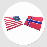 Banderas de los E.E.U.U. y de Noruega Etiquetas Redondas