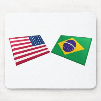 Banderas de los E.E.U.U. y del Brasil Tapete De Raton