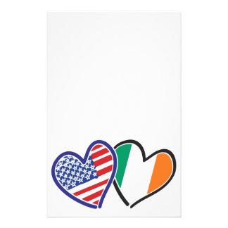 Banderas del corazón de los E.E.U.U. Irlanda Papelería
