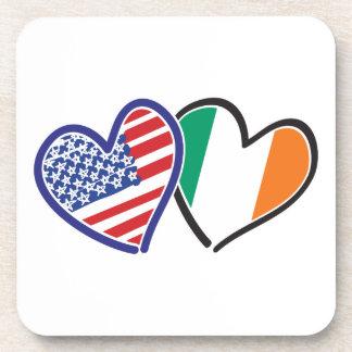 Banderas del corazón de los E.E.U.U. Irlanda Posavasos De Bebida