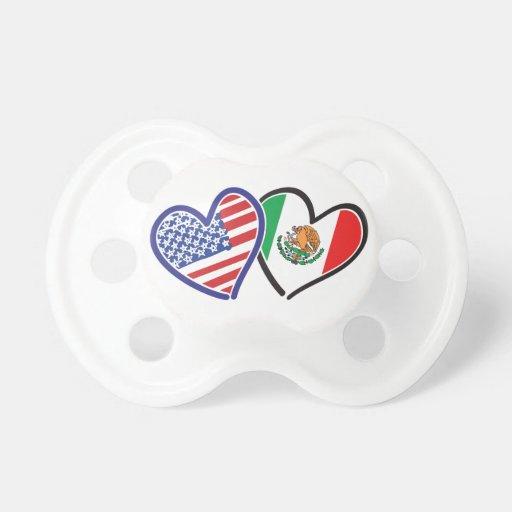 Banderas del corazón de los E.E.U.U. México Chupete