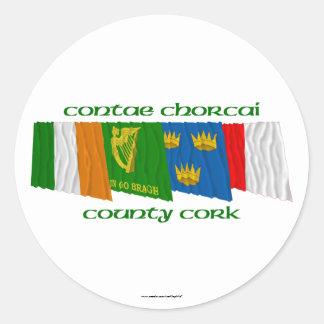 Banderas del corcho del condado pegatina redonda