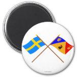 Banderas del län cruzado de Suecia y de Stockholms Iman De Frigorífico