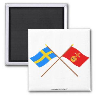 Banderas del län cruzado de Suecia y de Uppsala Imán Cuadrado