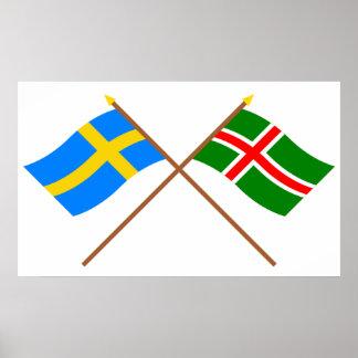 Banderas del landskap cruzado de Suecia y de Småla Póster