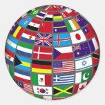 Banderas del mundo en el pegatina del globo