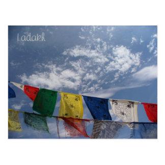 Banderas del rezo, Leh, Ladakh, la India Tarjeta Postal