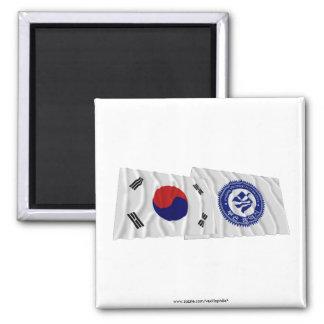 Banderas que agitan de Corea y de Pusan Imán Cuadrado
