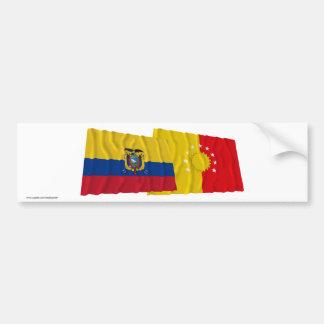 Banderas que agitan de Ecuador y de Pichincha Pegatina Para Auto