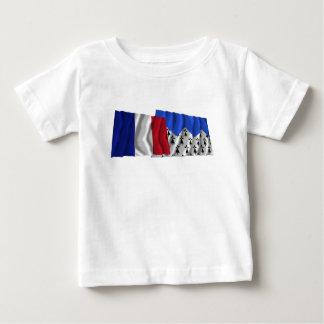 Banderas que agitan de Francia y de Côtes-d'Armor Tshirt