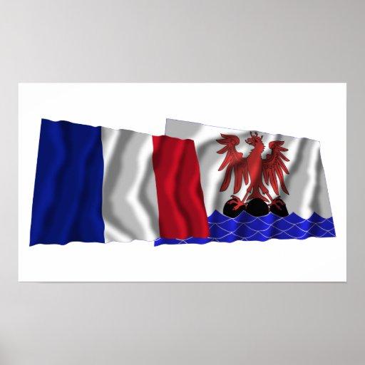 Banderas que agitan de Francia y de Póster