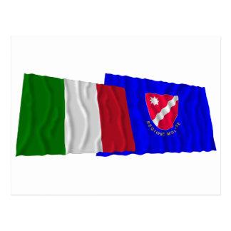 Banderas que agitan de Italia y de Molise Tarjetas Postales