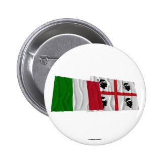 Banderas que agitan de Italia y de Sardegna Pin