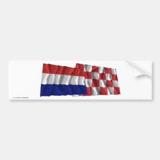 Banderas que agitan de Países Bajos y de Noord-Bra Etiqueta De Parachoque