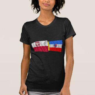 Banderas que agitan de Polonia y de Świętokrzyskie T-shirts